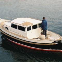 Wodurch unterscheidet sich die Segelyacht von der Motoryacht?