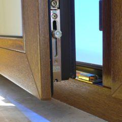 Was ist besser – Kunststofffenster oder Holzfenster?